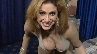 Mature tawaif shoing her big boobs