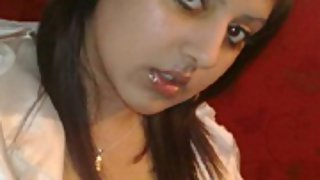 hot Indian college girl showing off