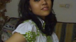 Hot sexy Indian college girl