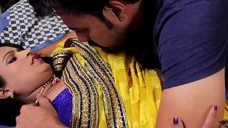 Tamil bhabhi homemade romance with her boyfriend