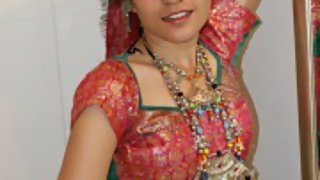 jasmine mathur in traditional gujarati garba outfits