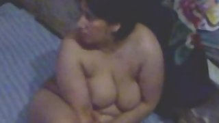 Mature aunty showing her big boobs